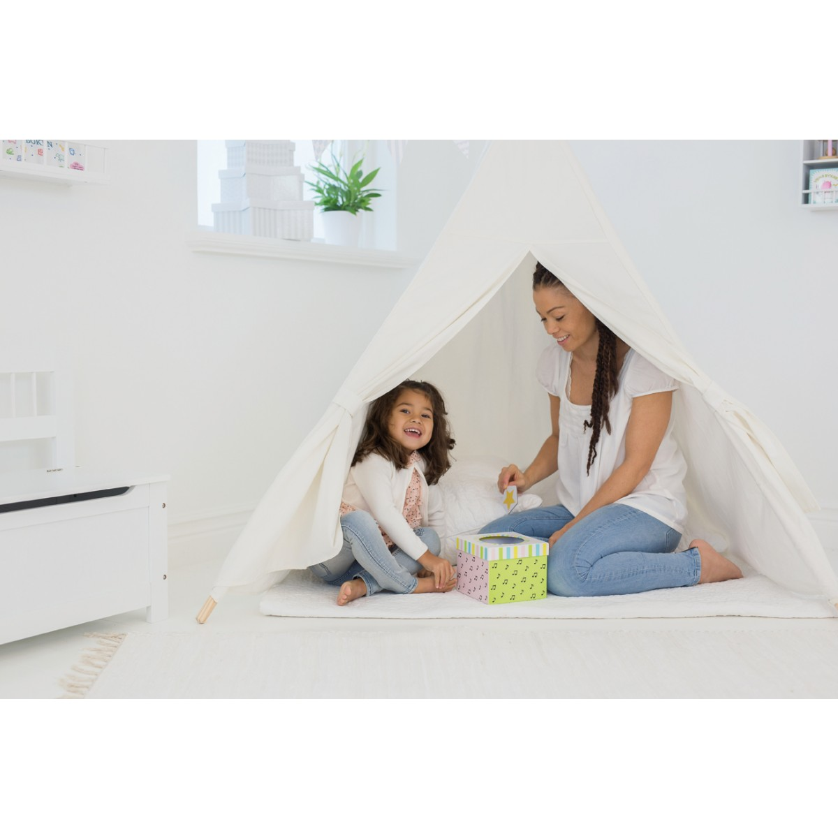 jabadabado tipi zelt f r kinder in natur holzspielzeug profi. Black Bedroom Furniture Sets. Home Design Ideas